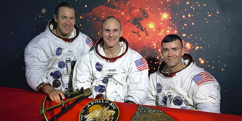 photograph of Apollo 13 astronauts